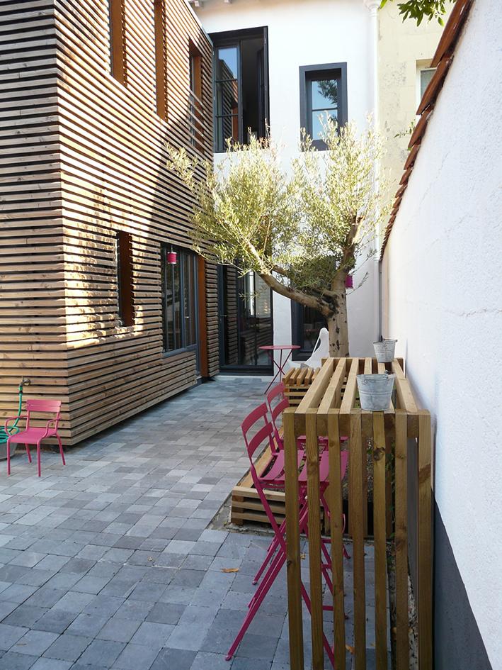 Petit Extérieur en ville  La Rochelle (17) - Zest Architecture - Céline   Jean  Delauné - Architecte La Rochelle - Architecte Ile de RéZest Architecture ... 2914dcef6927