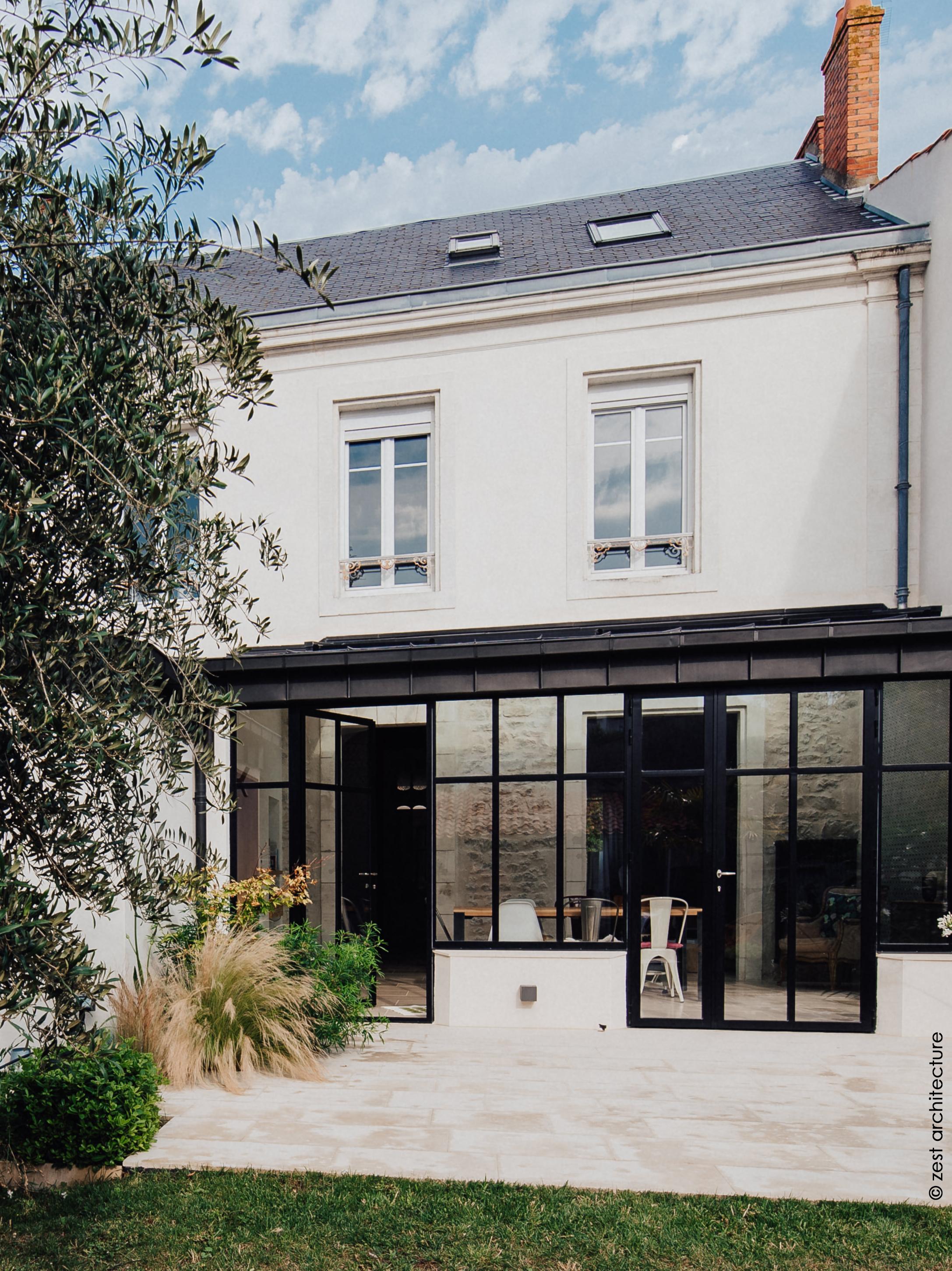 Renovation D Une Maison De Ville De Caractere La Genette 17 Zest Architecture Celine Jean Delaune Architecte La Rochelle Architecte Ile De Rezest Architecture Celine